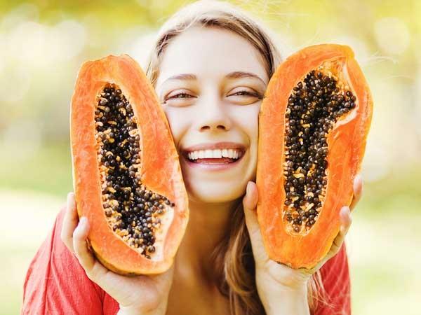 trị mụn thịt bằng trái cây
