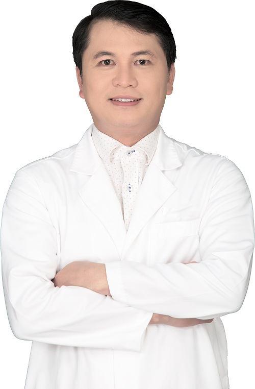 Đội ngũ bác sĩ trị mụn thịt tại thẩm mỹ viện Đông Á 4